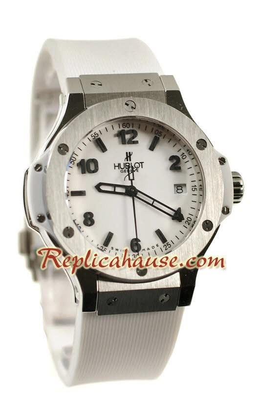 Hublot Big Bang 44MM Reloj Réplica - Estructura Suiza con Movimiento Japonés f4f90a87a986