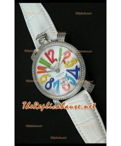 Reloj japonés GaGa Milano Manuale con esfera blanca y bisel de diamantes