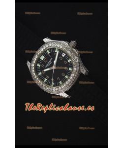 Patek Philippe Aquanaut Reloj Replica Suizo con Diamantes incrustados en la Caja